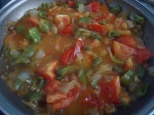Sofrito de pimiento, tomate...
